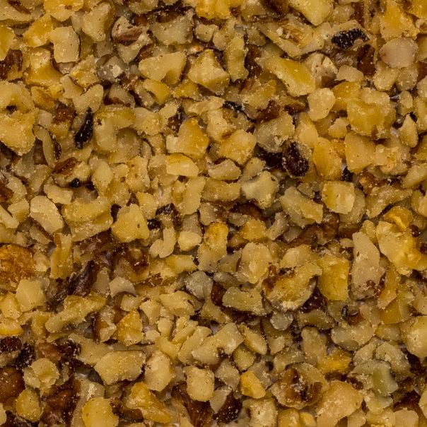 Walnuts pieces 3-7 mm org. 10 kg