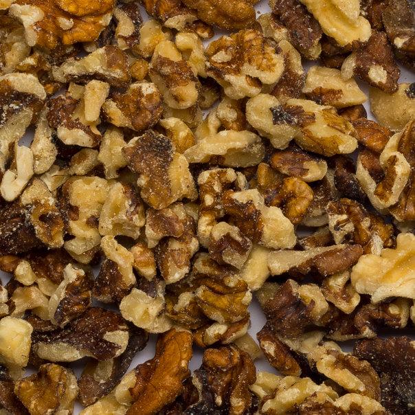 Walnuts pieces LQ&B org. 10 kg